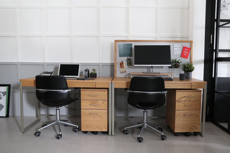チェア、デスク、ワゴンを使ったナチュラル北欧調スタイルの家具コーディネート事例   002