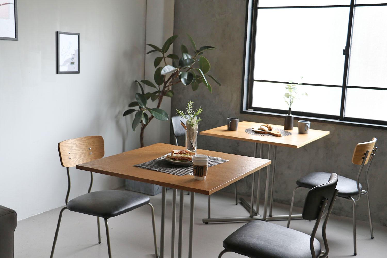 チェア、テーブルを使ったモダン北欧調スタイルの家具コーディネート事例 | 008