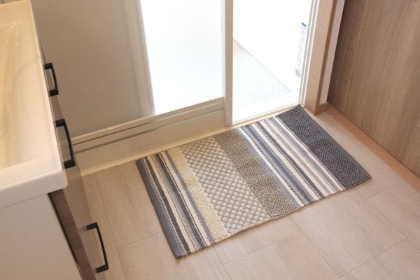 空間に調和するデザインのコットンマット A柄 2サイズ【45×75cm】