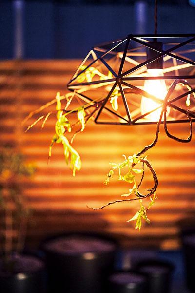 ペンダントライト アイアン素材 ダイヤ型 吊り下げ照明